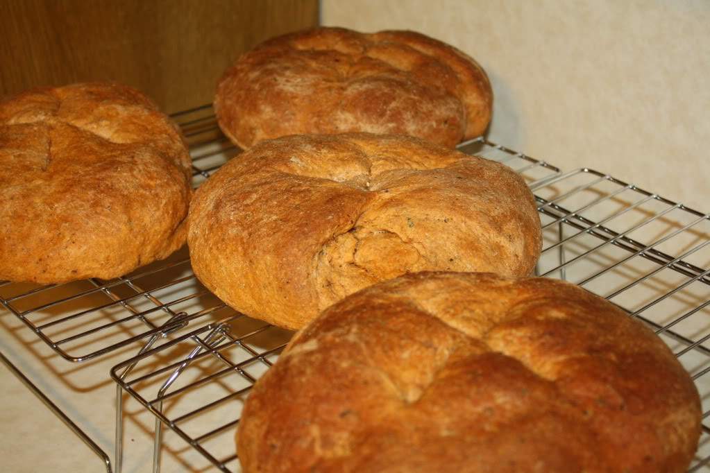 4 loaves Tomato-Basil bread