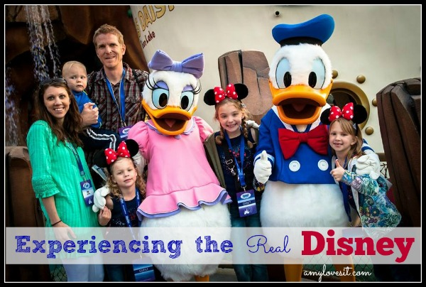Experiencing_the_Real_Disney