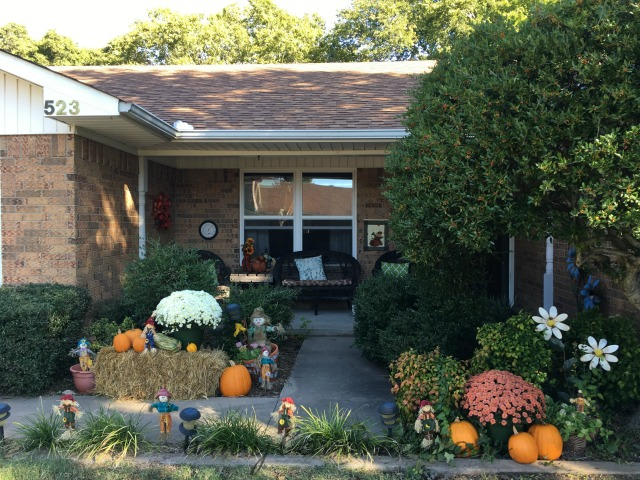 Fall Front Porch Decor | AmyLovesIt.com
